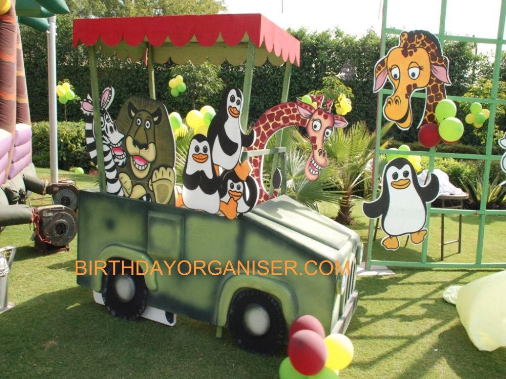 Best Madagascar theme party planner in Delhi and Gurgaon, Madagascar theme party organizer in Delhi and Gurgaon