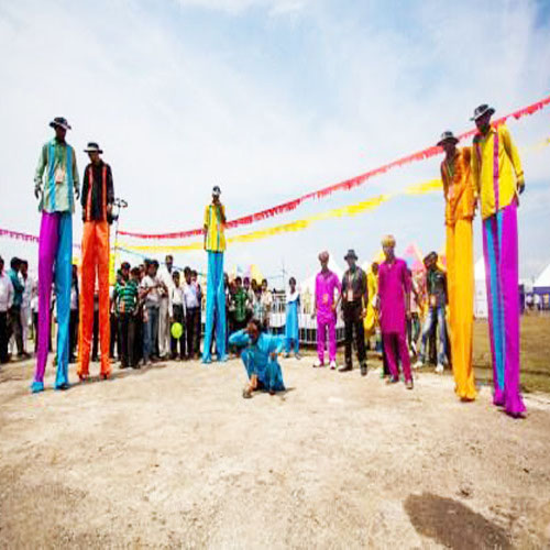 long man for birthday prties, Corporate events, and other parties in Delhi, Gurgaon, Noida and Faridabad