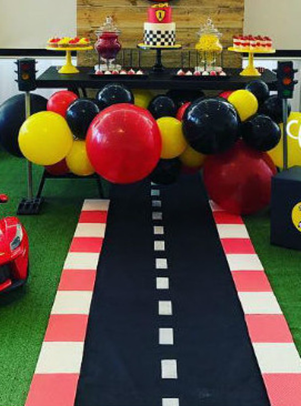 car race game for birthday party and corporate events in delhi, gurgaon, noida and faridabad