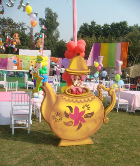 Wonder land theme party organizers, Alis in wonderland theme party planner, Alis in wonderland theme party organizer
